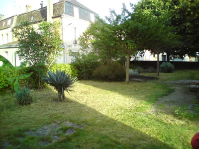 La maison de bergerac for Entretien jardin bergerac